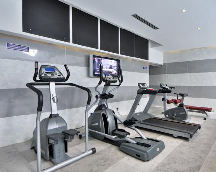 Best Western Plus Hotel Modena Resort the small gym with professional exercise equipment