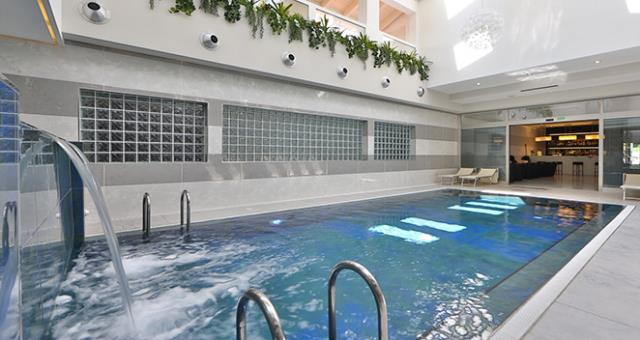 the beautiful indoor swimming pool