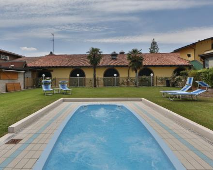 Best Western Plus Hotel Modena Resort Jacuzzi outdoor swimming pool